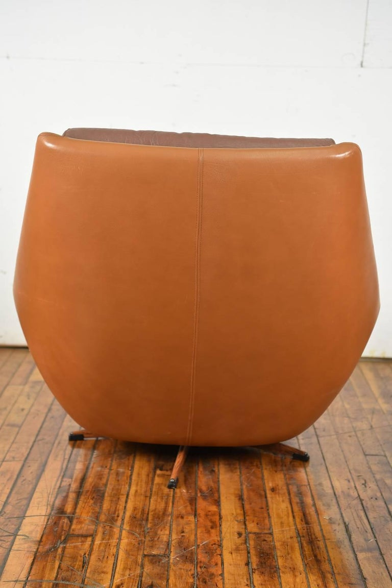 Danish Mid-Century Leather Lounge Chair and Ottoman For Sale 5