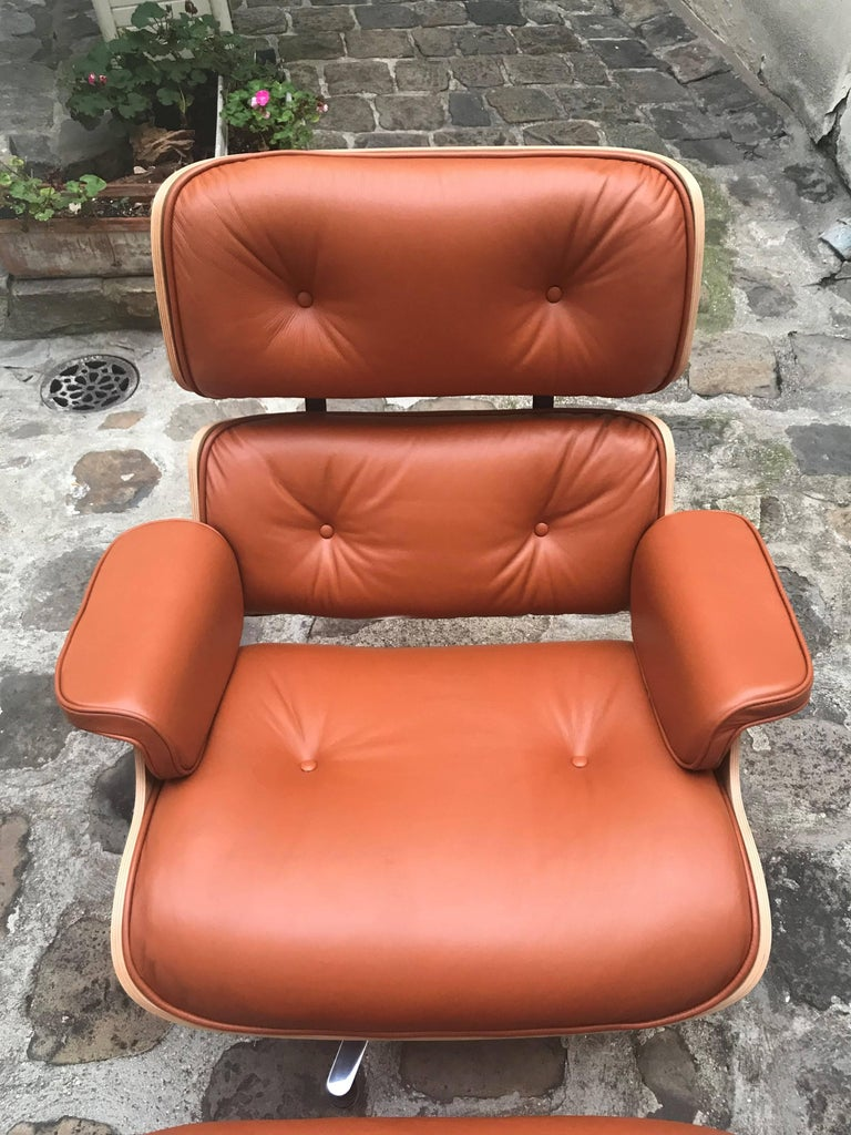 eames lounge chair et ottoman tan rosewood herman miller