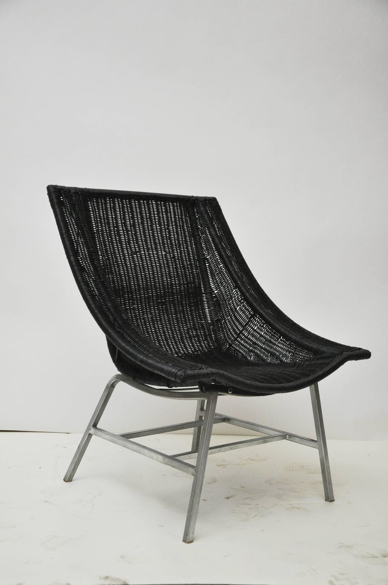 Mid-Century Modern Wicker Chair In Good Condition For Sale In Geneva, IL