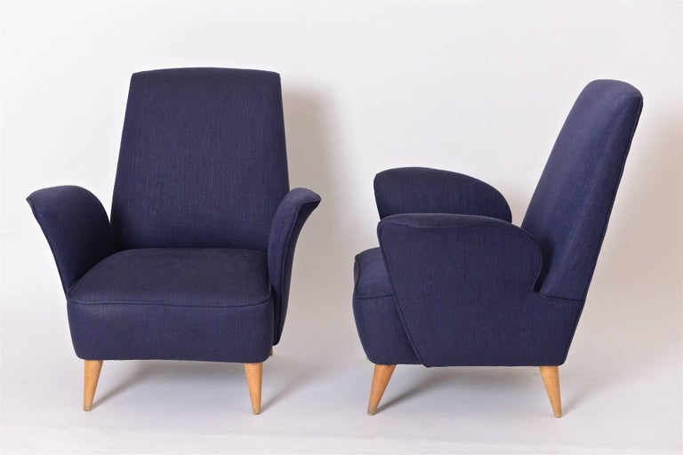 Mid-Century Modern Pair of Mid-Century Italian Lounge Chairs in the Manner of Nino Zoncada, c.1950 For Sale