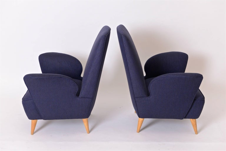 Pair of Mid-Century Italian Lounge Chairs in the Manner of Nino Zoncada, c.1950 In Good Condition For Sale In London, GB