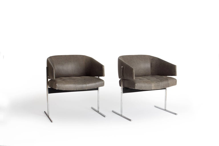 Pair of Grey Senior Armchairs by Jorge Zalszupin in Soft Leather, Brazil, 1960 In Good Condition For Sale In Utrecht, NL