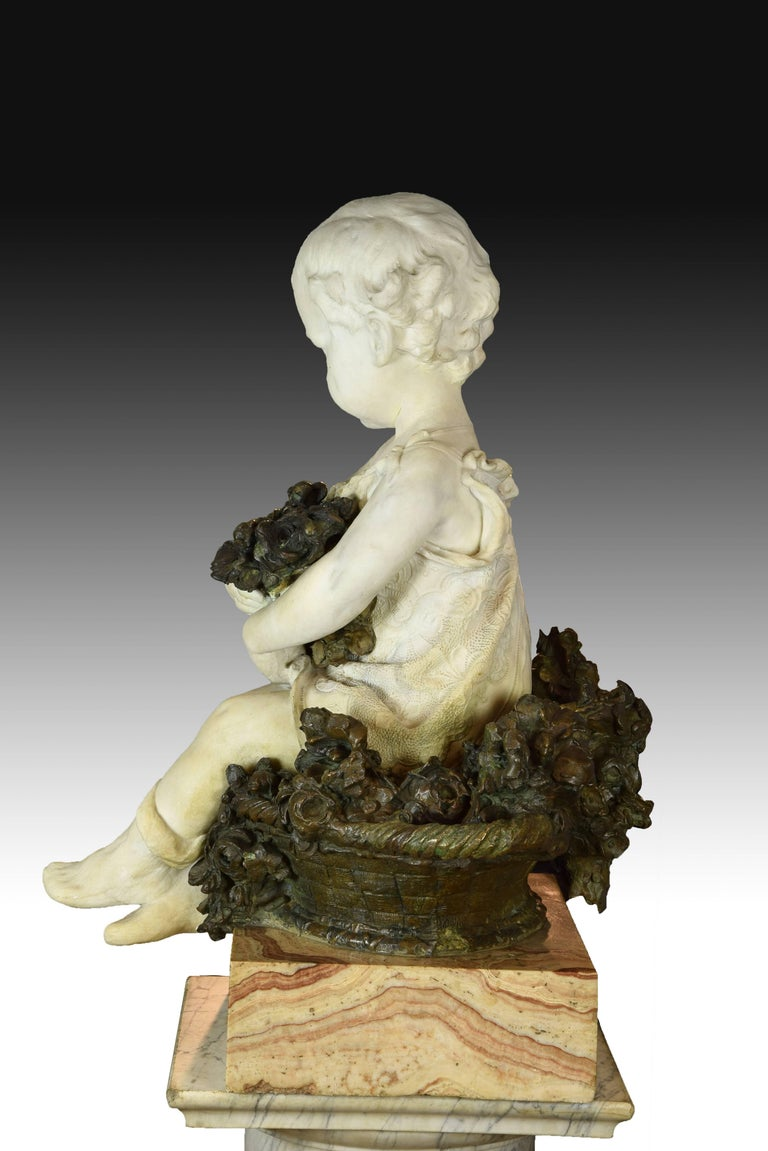 """""""Child Portrait"""" Marble and Bronze, Spain, 19th Century In Excellent Condition For Sale In Madrid, ES"""