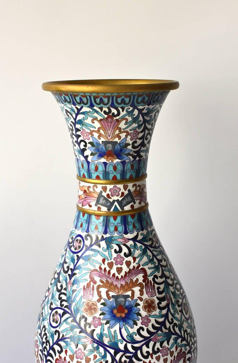 grand cloisonn vase with blue peonies for sale at 1stdibs. Black Bedroom Furniture Sets. Home Design Ideas
