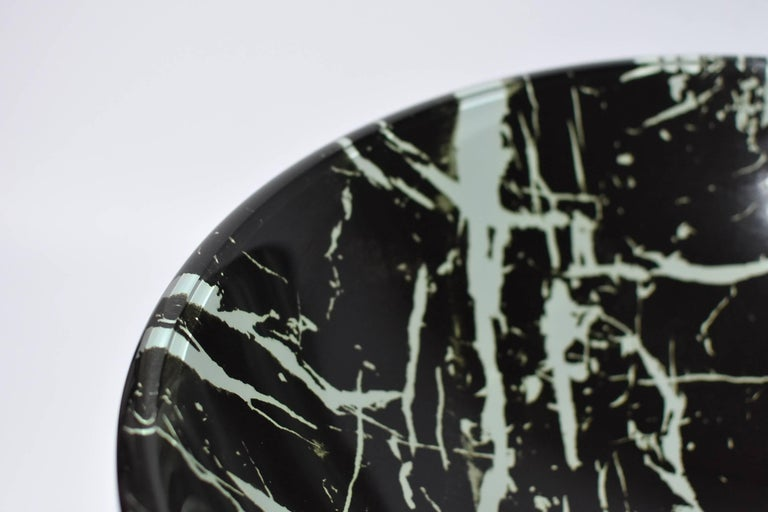 Black and White Glass Sink with Marble Pattern For Sale 3