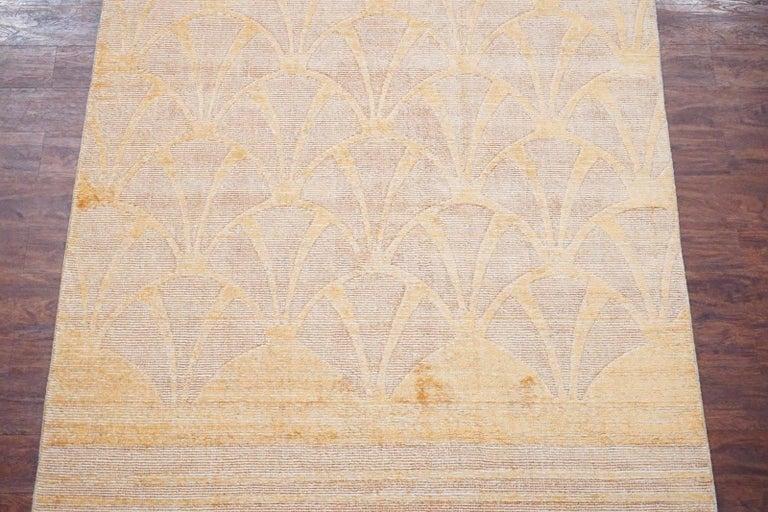 Moderner Teppich Aus Bambus Seide And Wolle Mit Geformtem Design Im
