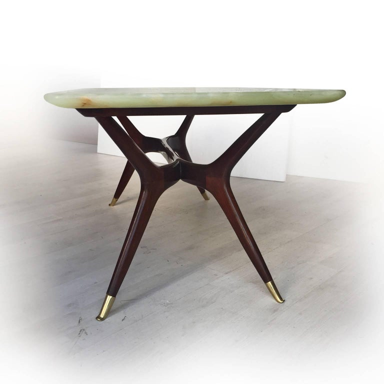 Italian Mid-Century Coffee Table attributed to Ico Parisi, 1950s In Excellent Condition For Sale In Traversetolo, IT