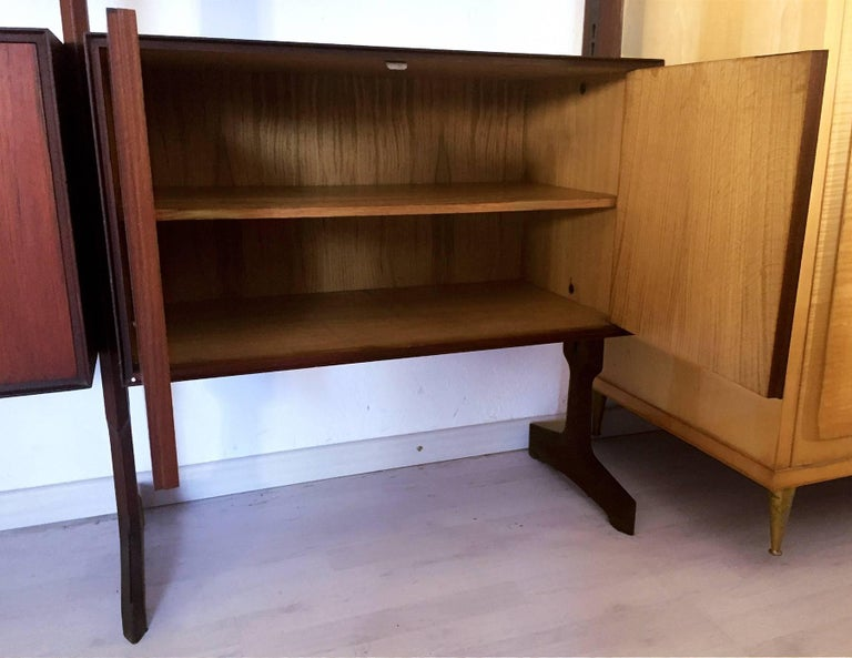 Brass Italian Teakwood freestanding Bookcase by Palutari for Vittorio Dassi, 1950s For Sale