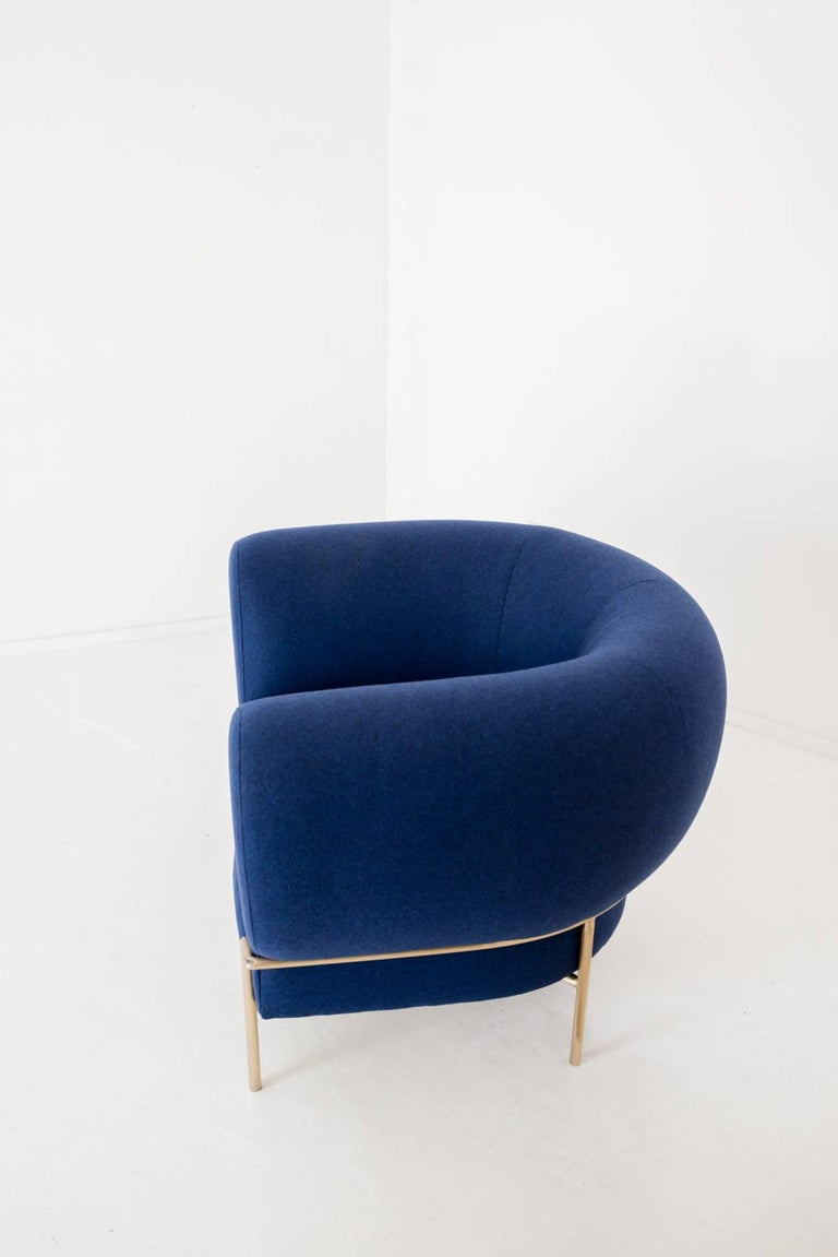 Contemporary Madda Lounge Chair in Blue Wool 6
