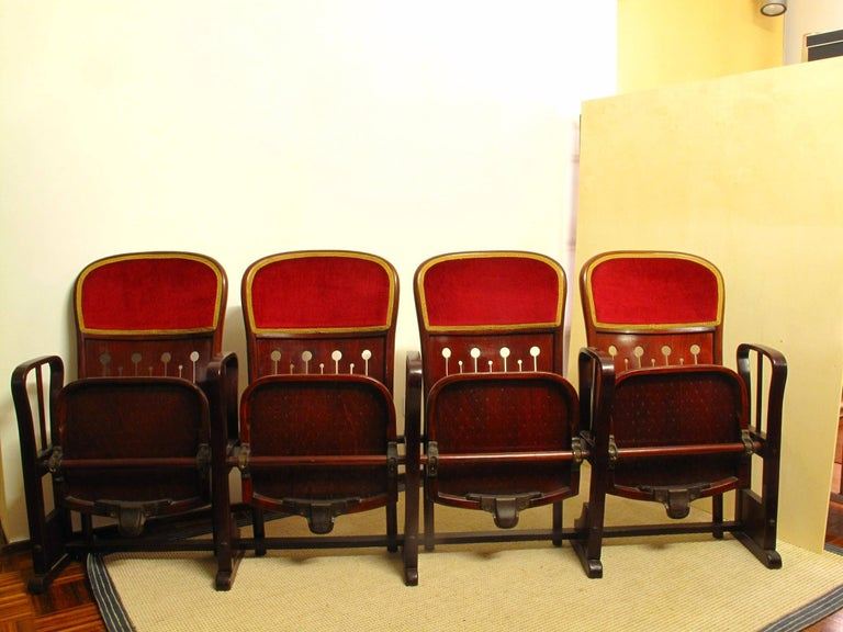 Vienna Secession Row of Four Bentwood Viennese Theatre Chairs by Thonet, circa 1907 For Sale