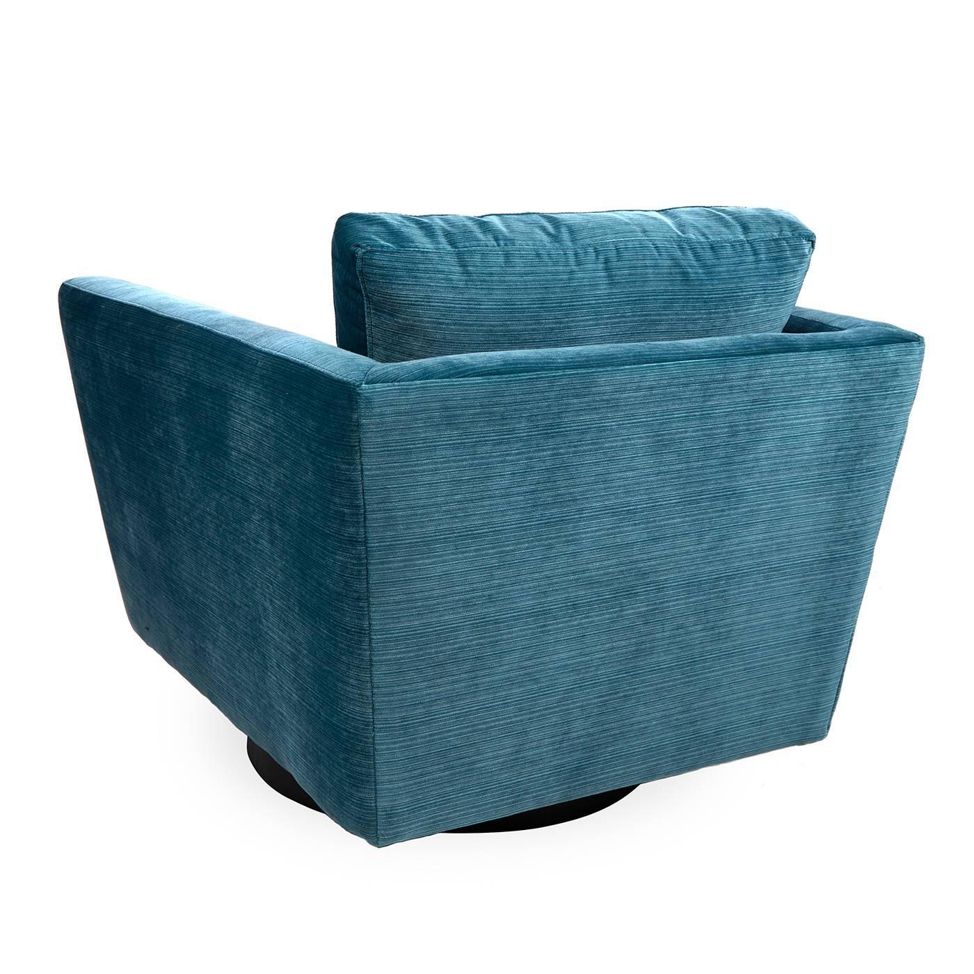 Wonderful Sebastian Swivel Chair in Aegean Blue Velvet For Sale at 1stdibs UC49