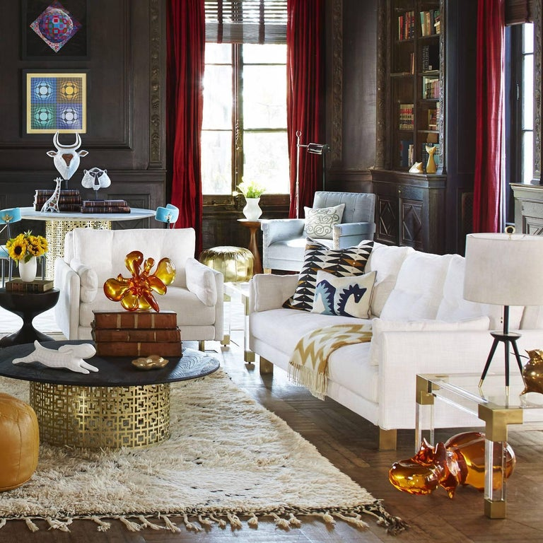 Malibu Sofa in Pearl Bouclé In New Condition For Sale In New York, NY