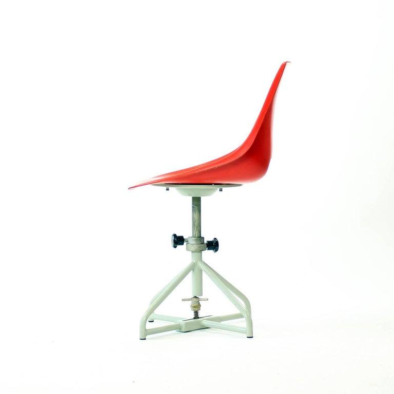 Original Vertex Chairs by Miroslav Navratil, circa 1960 ...