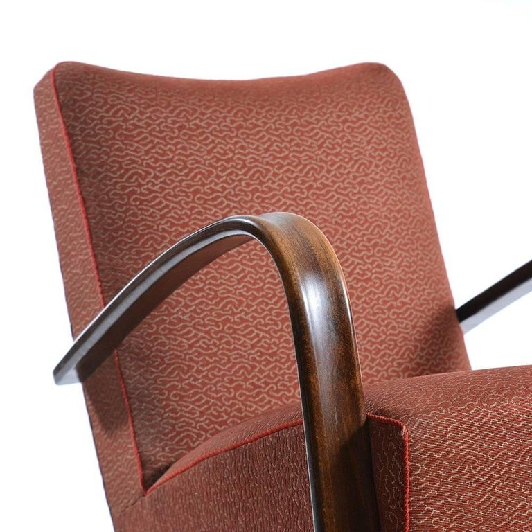 Czech Pair of H269 Armchairs by Jindrich Halabala in Original Upholstery, circa 1940 For Sale