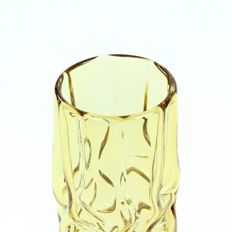 Mid-Century Modern Yellow Brain Vase by Pavel Hlava for Glass Union Crystalex, Czechoslovakia, 1968 For Sale