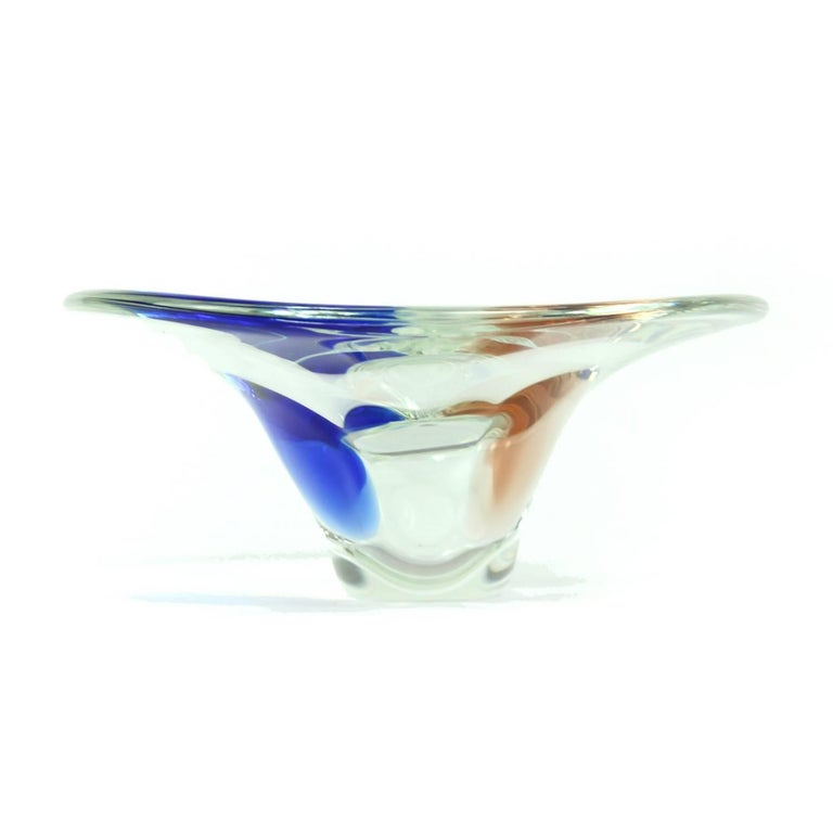 Clear and Blue Art Glass Bowl by Borocrystal, Czechoslovakia, circa 1960 In Excellent Condition For Sale In Zohor, SK