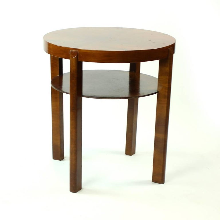 Round Side Table by Jindrich Halabala in Walnut Veneer, Czechoslovakia, 1930s For Sale 2