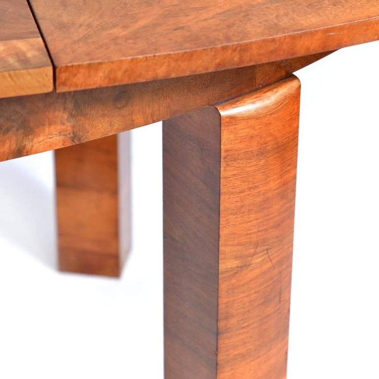 Large Art Deco Fold Out Dining Table in Walnut Veneer, Czechoslovakia, 1930s For Sale 4