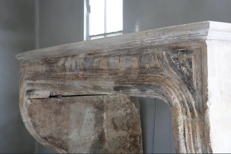 Beautiful Antique Fireplace In Distressed Condition For Sale In Made, NL