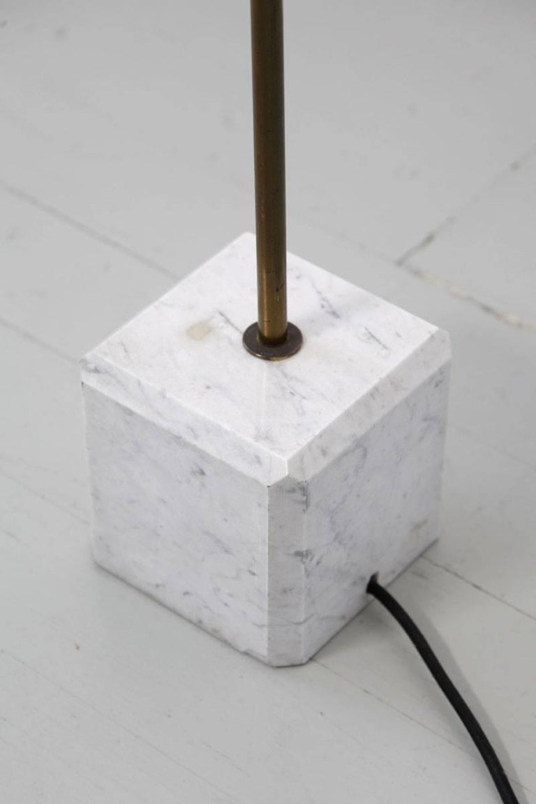 Mid-20th Century Italian Floor Lamp in the Manner of Stilnovo, 1960s For Sale