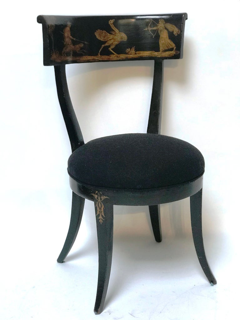 Italian Late 18th Century Set of 4 Florentine Directoire Black Lacquer Saber Leg Chairs For Sale