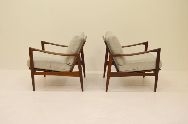 Scandinavian Modern Pair Kandiaten Easy Chairs by Ib Kofod Larsen For Sale