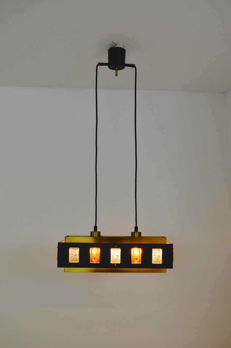 Brass and Glass Ceiling Lamp by Einar Bäckström and Erik Höglund In Good Condition For Sale In Alvesta, SE