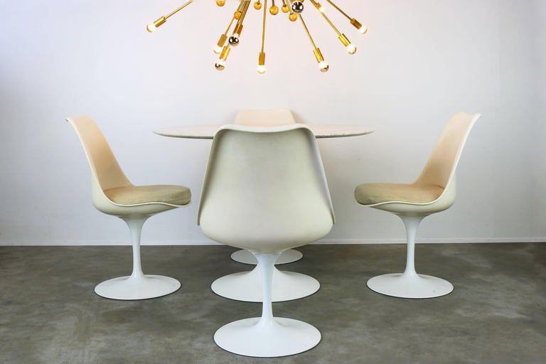 Original 1960s Knoll Tulip Dining Set Marble Eero Saarinen Knoll International For Sale 5