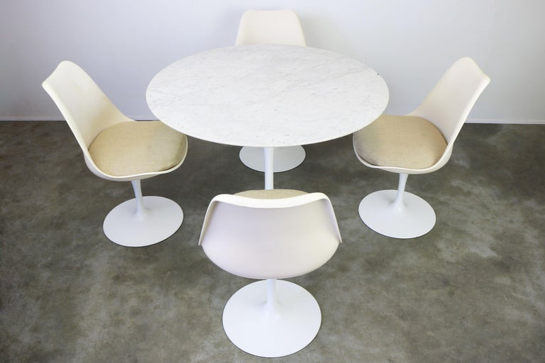 Original 1960s Knoll Tulip Dining Set Marble Eero Saarinen Knoll International For Sale 6