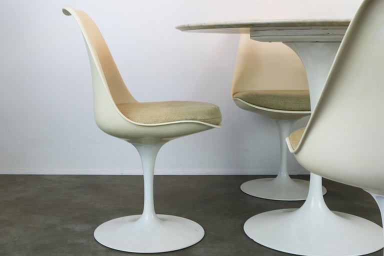 Original 1960s Knoll Tulip Dining Set Marble Eero Saarinen Knoll International For Sale 1