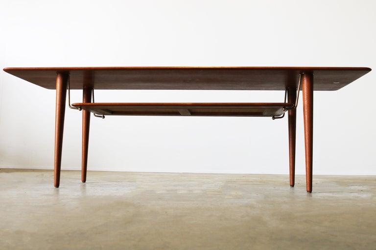 Peter Hvidt & Orla Mølgaard Nielsen Coffee Table FD 516 Teak France & Son 1956 For Sale 3