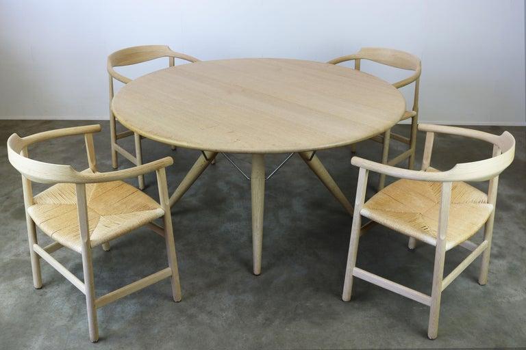 Danish Dining Set by Hans J Wegner for PP Mobler Model PP75 and PP205 Oak 1980s For Sale 7