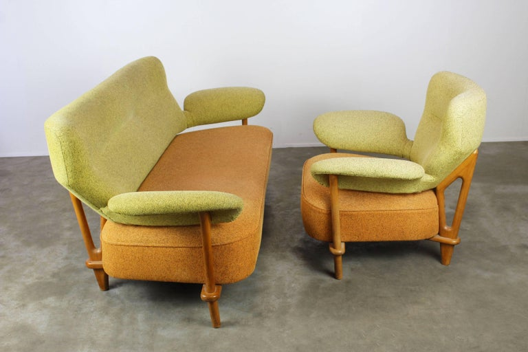 Rare Living Room Set / Sofa and Lounge Chair F109, Theo Ruth for Artifort, 1950 For Sale 3