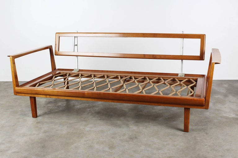 Full Original Knoll Antimott Set 1950 with Easy Chairs and Daybed Beige Brown For Sale 2