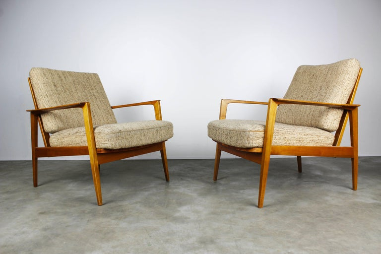 Full Original Knoll Antimott Set 1950 with Easy Chairs and Daybed Beige Brown For Sale 3