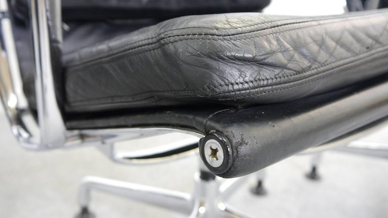 Mid-20th Century Charles Eames Soft Pad Chairs EA 216 Herman Miller / Fehlbaum in Black Leather For Sale