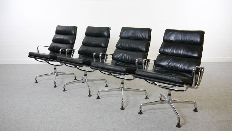 Mid-Century Modern Charles Eames Soft Pad Chairs EA 216 Herman Miller / Fehlbaum in Black Leather For Sale