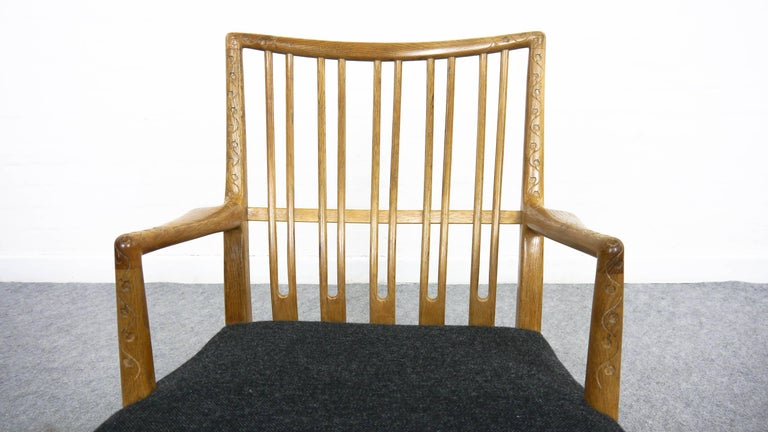 Rocking Chair ML-33 Hans J. Wegner/Mikael Laursen, 1940, First Edition in Oak  In Good Condition For Sale In Halle, DE