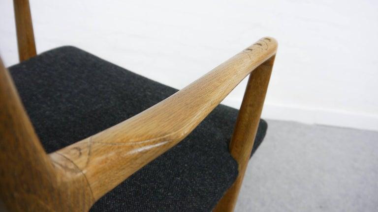 Rocking Chair ML-33 Hans J. Wegner/Mikael Laursen, 1940, First Edition in Oak  For Sale 3