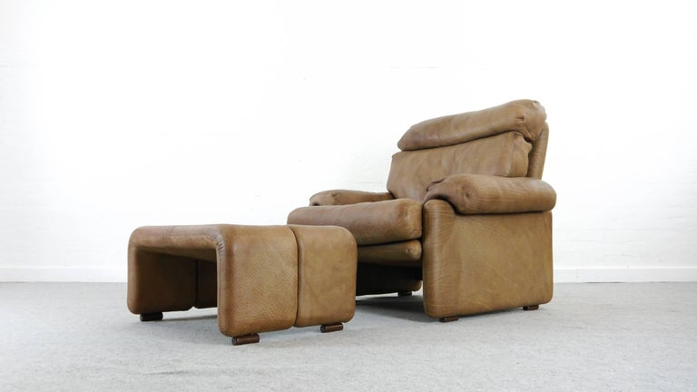 Italian Coronado Chair with Footrest in Brown Leather, Tobia Scarpa for B&B Italia, 1966 For Sale