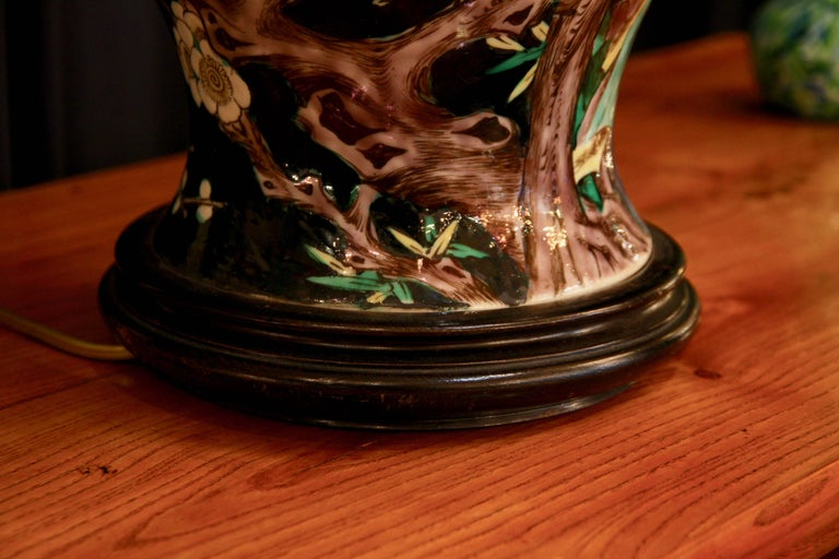 Chinese Vase Mounted in Lamp, Gilded Bronze, 19th Century Chinese Artwork For Sale 4