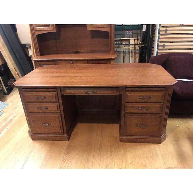 Shaker Solid Quarter Sawn Oak Executive Amish Made Desk For Sale