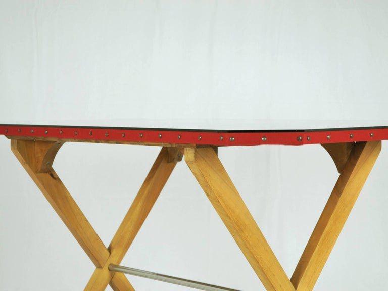 Wood, Fabric and Glass Italian 1940s Rationalist Desk In Good Condition For Sale In Varese, Lombardia