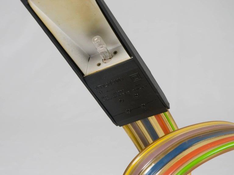 Vintage Nastro Table Lamp by Alberto Fraser for Stilnovo, 1983 In Good Condition For Sale In Varese, Lombardia