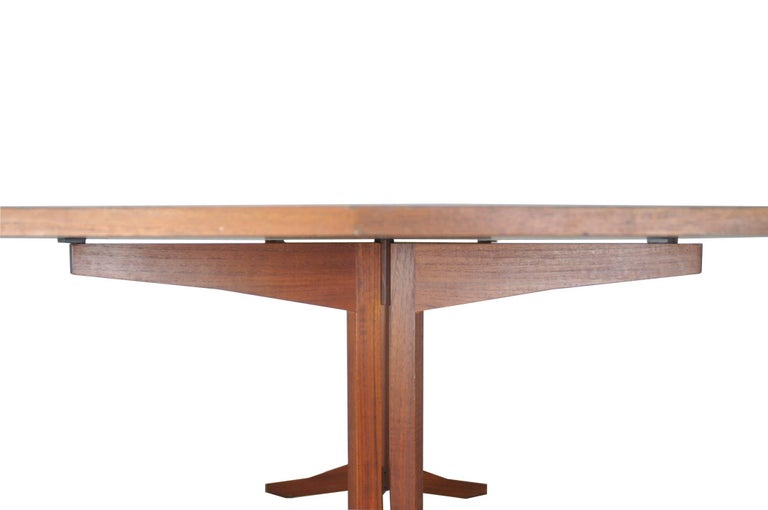 Rosewood TL14 Italian Dining Table by Poggi, 1958 In Good Condition For Sale In Varese, IT