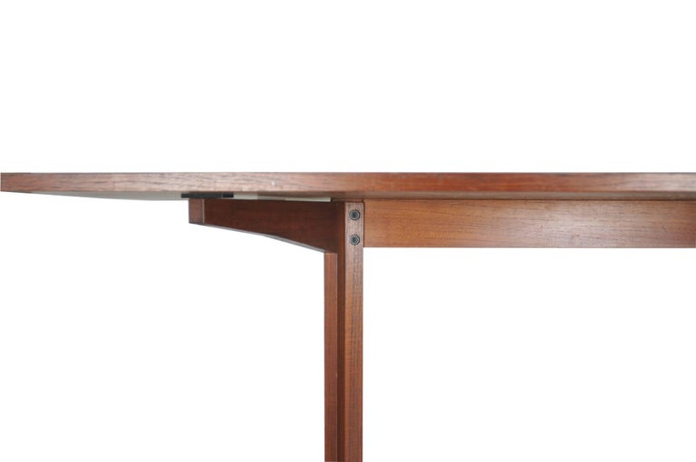 Mid-20th Century Rosewood TL14 Italian Dining Table by Poggi, 1958 For Sale