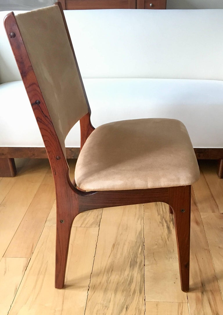 Set of Five Danish Modern Rosewood Chairs In Good Condition For Sale In Cold Spring, NY