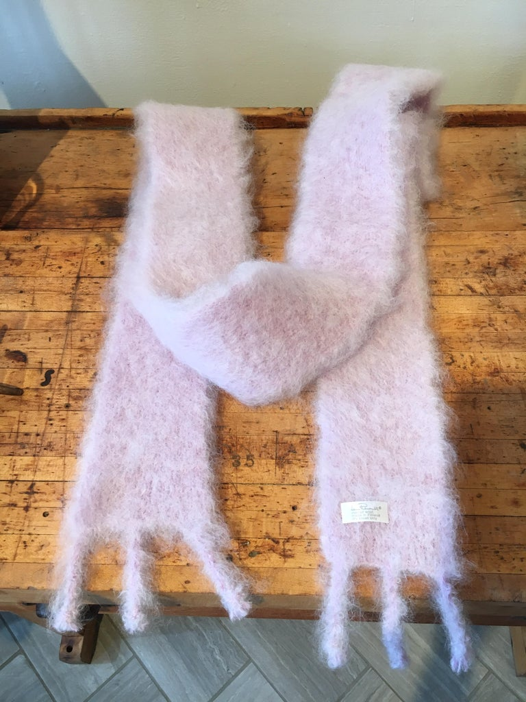 Lena Rewell Mohair Scarf in Pale Lavender In New Condition For Sale In Cold Spring, NY