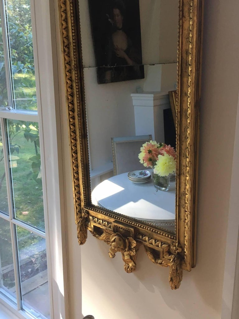 Swedish Gustavian Style Carved Giltwood Mirror In Good Condition For Sale In Cold Spring, NY