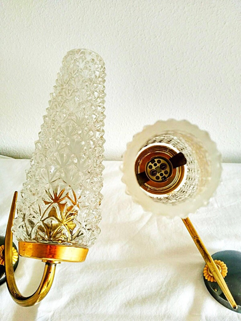 Arlus mid-century sconce glass pair gilt frame french, 1950 In Good Condition For Sale In Denia, ES